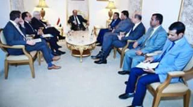 نائب رئيس الجمهورية يلتقي المبعوث الأممي إلى اليمن بحضور رئيس الوزراء